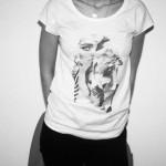 T-shirt da linha criada por Carolina