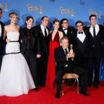"""Equipa e Elenco de """"American Hustle"""", vencedor do Globo de Ouro de Melhor Musical ou Comédia."""