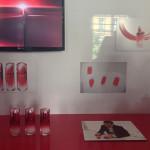 O design do frasco, em encarnado, a cor simbólica da Shiseido.