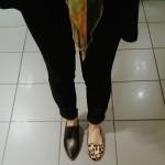 Os sapatos.