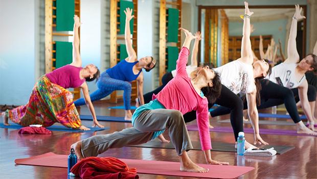 yoga tónico