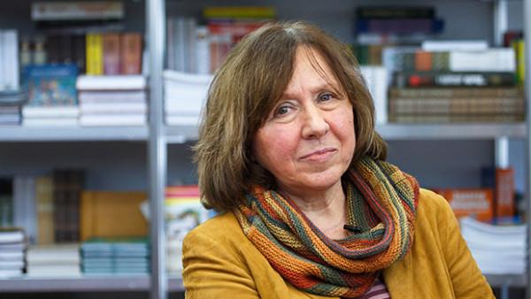Svetlana Alexievich vence Nobel da Literatura