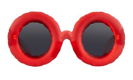 óculos de sol arrojados