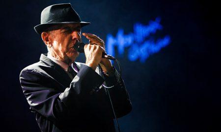 Leonard Cohen sai dos palcos