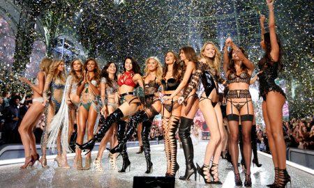 Desfile da Victoria's Secret encantou Paris