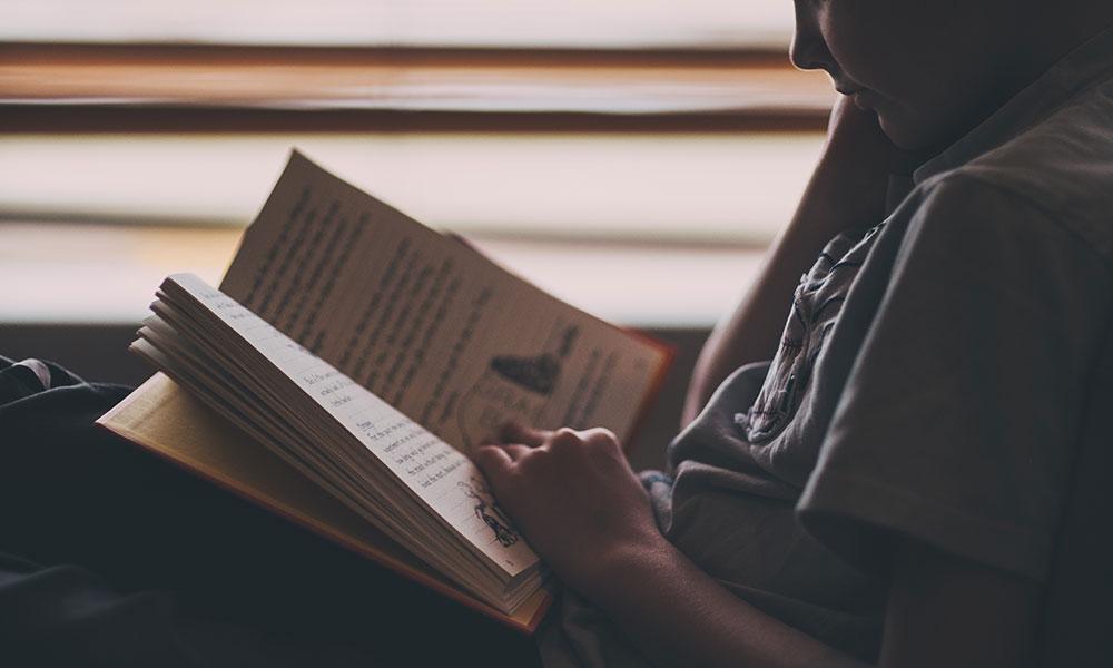 Resultado de imagem para viagens com livros em portugal - cetelem