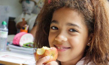 Fruta para todos com a 'Missão 1 Quilo de Ajuda', da APCOI - Associação Portuguesa Contra a Obesidade Infantil