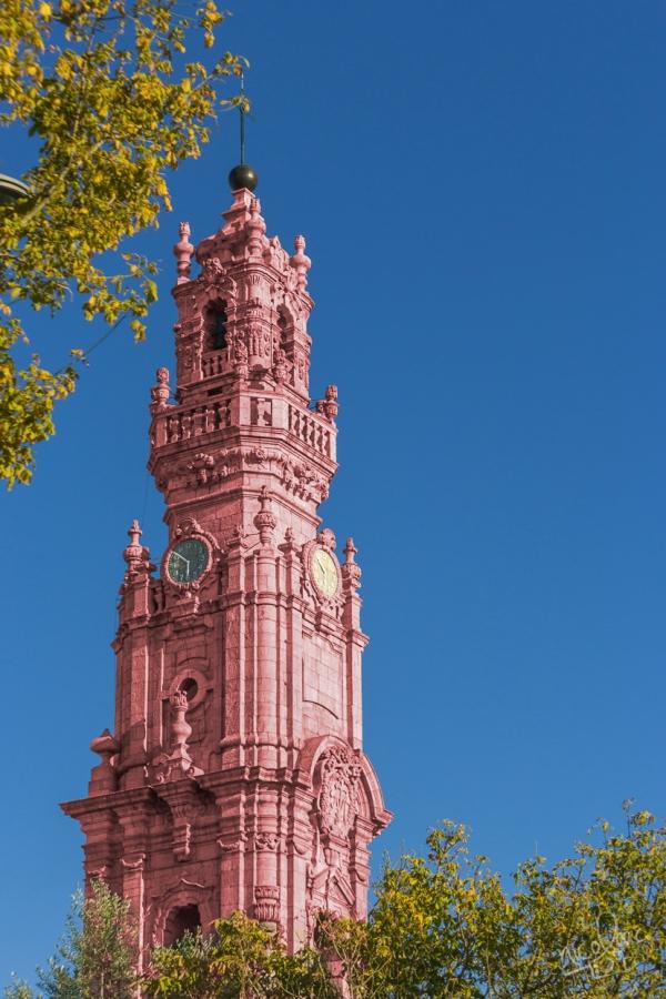 Torre dos Clérigos a cor-de-rosa