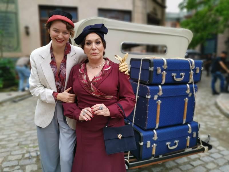 Joana de Verona_foto de cena_Novela éramos seisco a mãe Susana Vieira