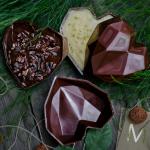 Diamantes de chocolate com recheio de brigadeiro, €25/unidade