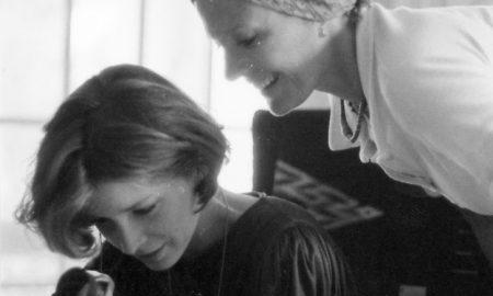 Delphine Seyrig pendant le tournage de Sois belle et tais-toi 1976 ©Archives Delphine Seyrig
