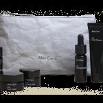 Discovery Set Alex Carro (gel de limpeza facial + esfoliante em pó, + creme de rosto hidratante + óleo facial + bálsamo multiusos), Sisu,€67. À venda em sisu.pt